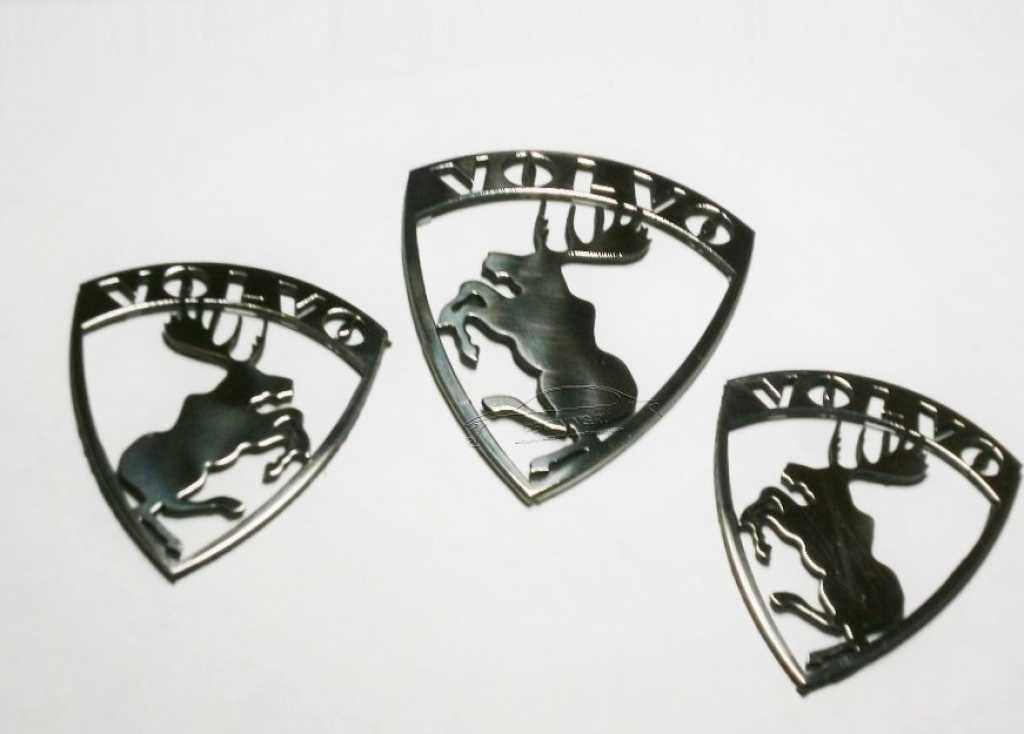 Металлические эмблемы с лосем Volvo в Москве. Фото 1