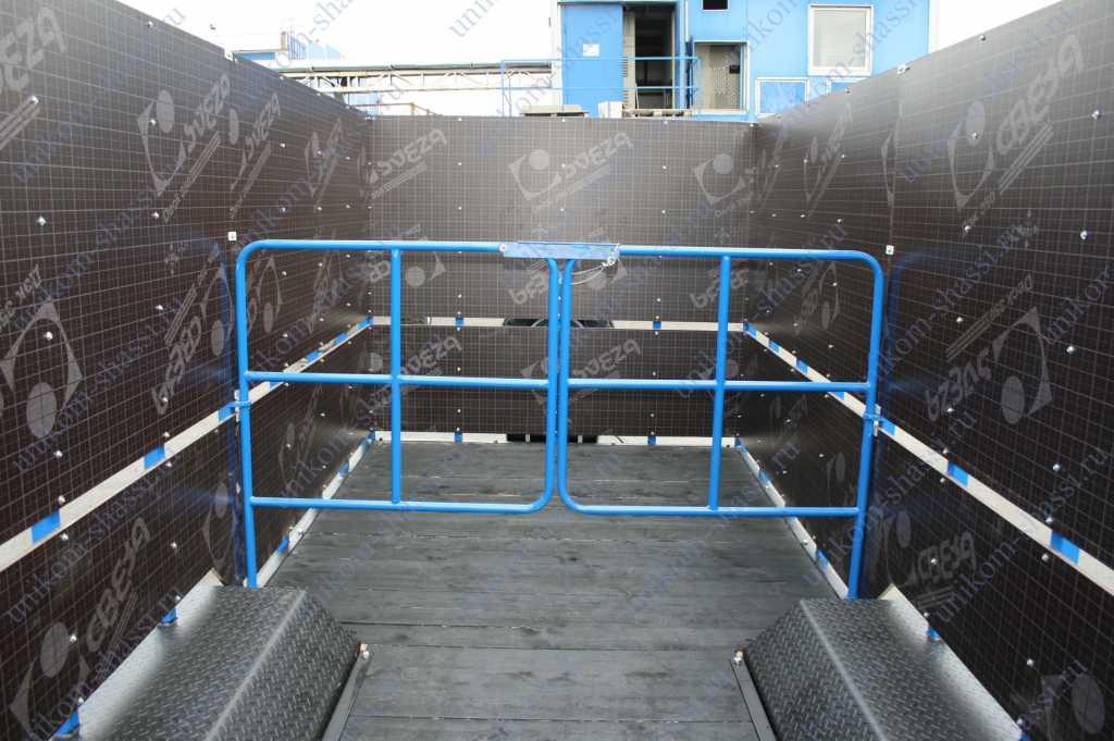 прицеп для перевозки животных в Усинске. Фото 3