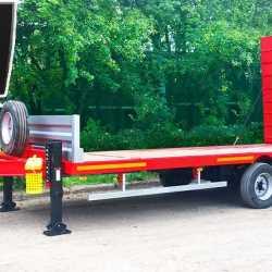 Низкорамный прицеп для перевозки спец техники до 19 тонн