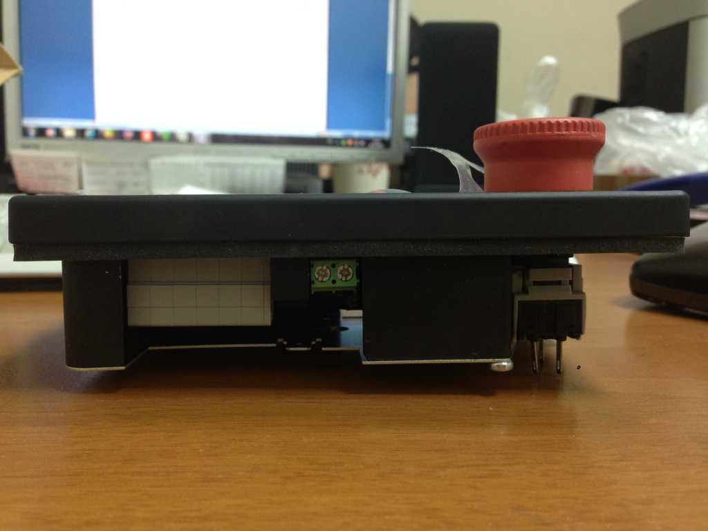 Конроллер AirmasterS1- программируемый микропроцессорный блок управления винтовыми компрессорами в Москве. Фото 7