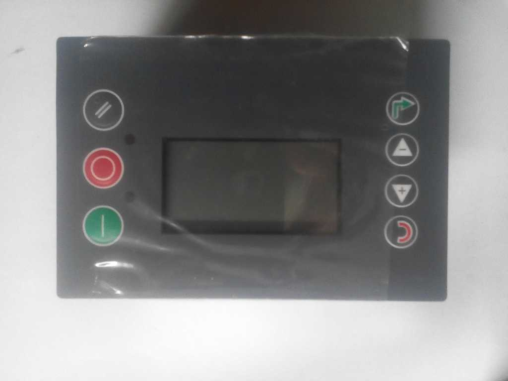 Конроллер AirmasterS1- программируемый микропроцессорный блок управления винтовыми компрессорами в Москве. Фото 1