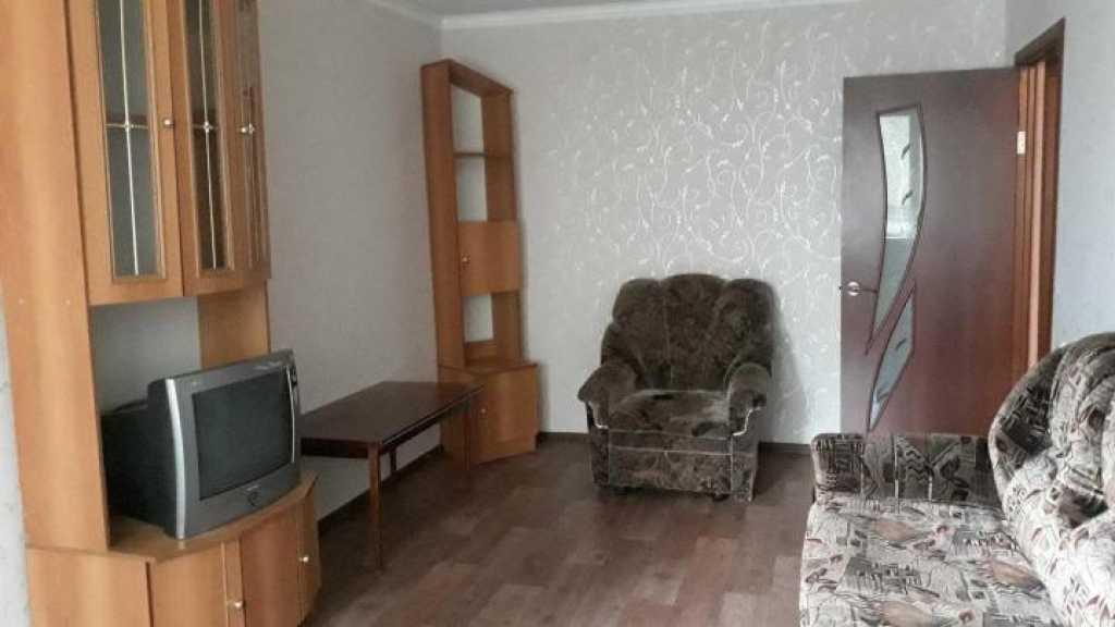 Сдаю 1-к квартиру на ул.Кравченко 7 в Уяру. Фото 1