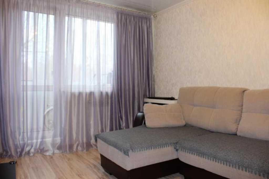 Сдается двухкомнатная квартира по адресу улица Осипенко, 41 в Тюмени. Фото 1