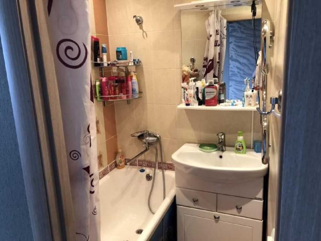Тюмень, ул. Котовского, 52а Сдам уютную комнату в двухкомнатной квартире. в Тюмени. Фото 8