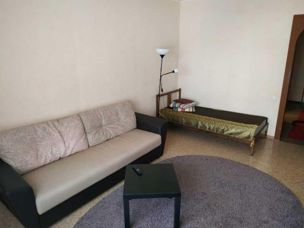 Тюмень, ул. Рощинское шоссе, 2к16 Сдам уютную однокомнатную квартиру. в Тюмени. Фото 2