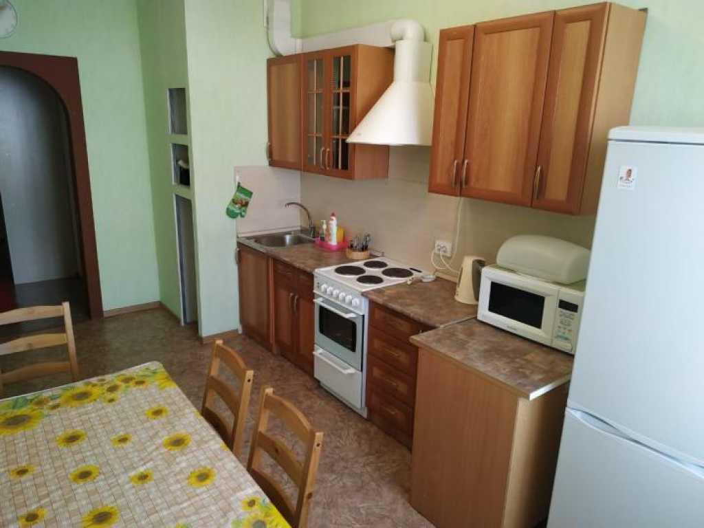 Тюмень, ул. Рощинское шоссе, 2к16 Сдам уютную однокомнатную квартиру. в Тюмени. Фото 4