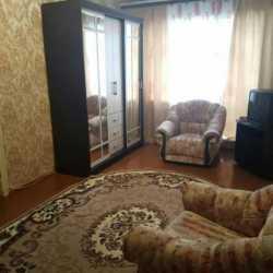 Тюмень, ул. Ставропольская, 15 Сдам уютную однокомнатную квартиру.