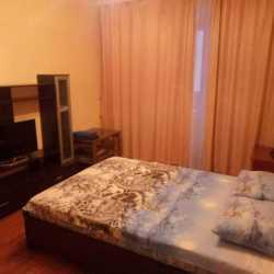 Екатеринбург, ул. 40-летия Октября, 34 Сдам уютную однокомнатную квартиру.