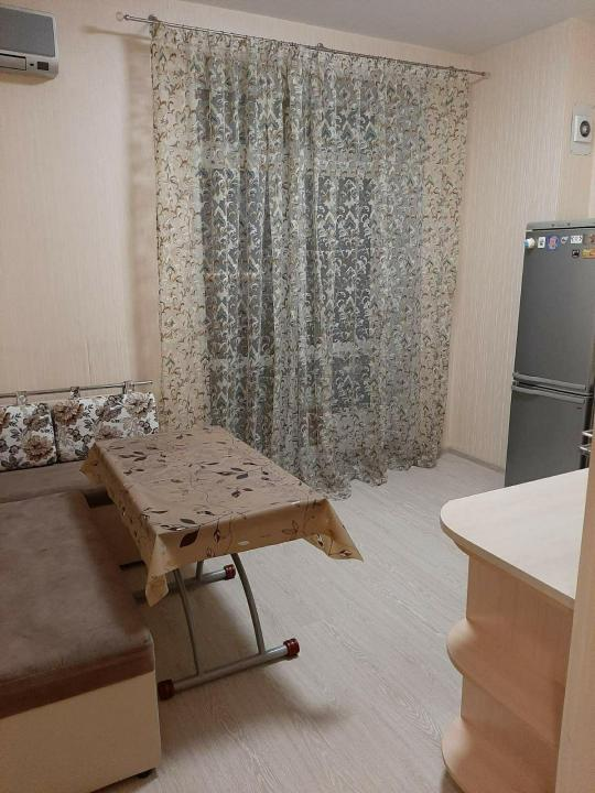 Сдается однокомнатная квартира на длительный срок в Екатеринбурге. Фото 1