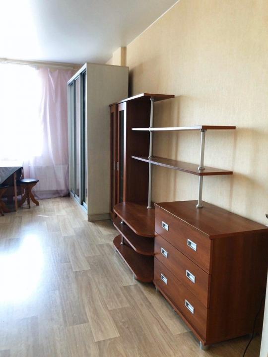 Сдается однокомнатная квартира на длительный срок в Екатеринбурге. Фото 3