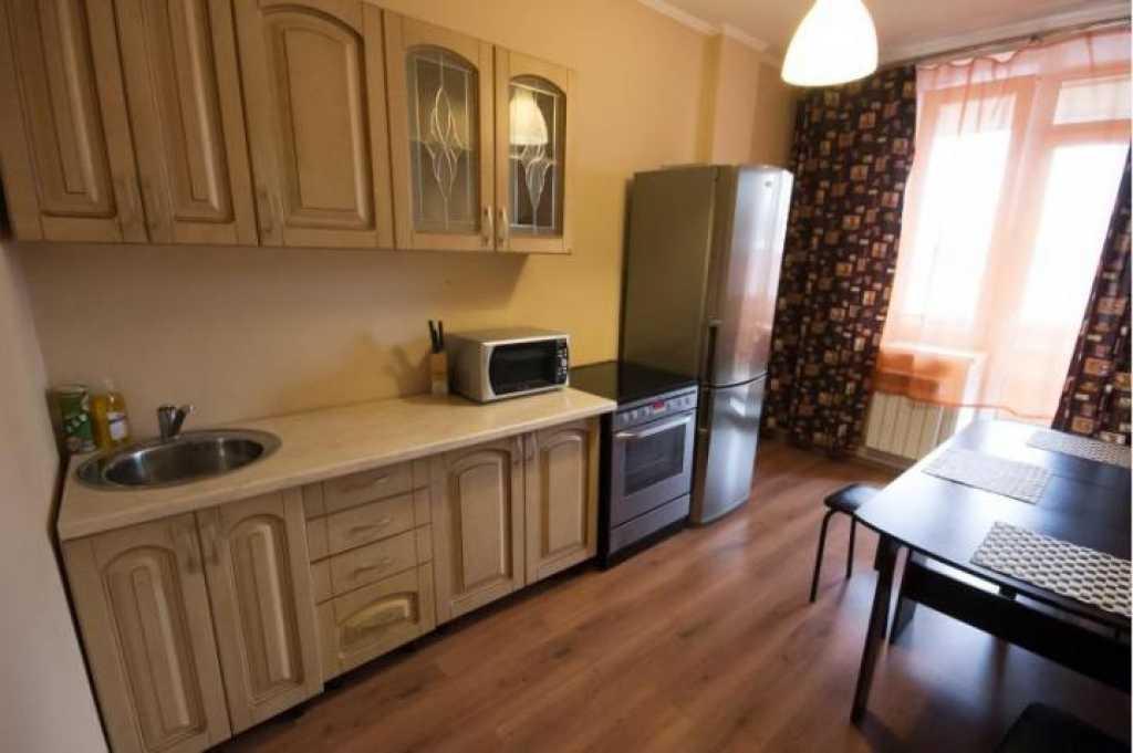 Сдается однокомнатная квартира на длительный срок в Тюмени. Фото 3