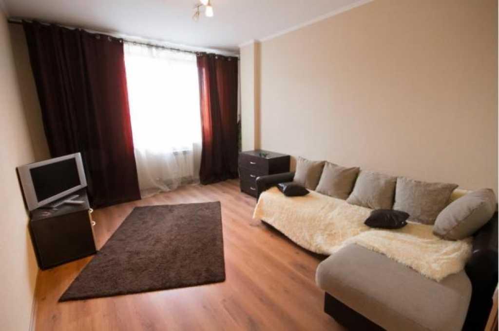 Сдается однокомнатная квартира на длительный срок в Тюмени. Фото 1