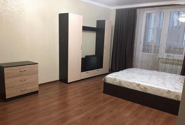 Сдается 1-я квартира в Ноябрьске, улица Изыскателей, 38А в Ноябрьске. Фото 1