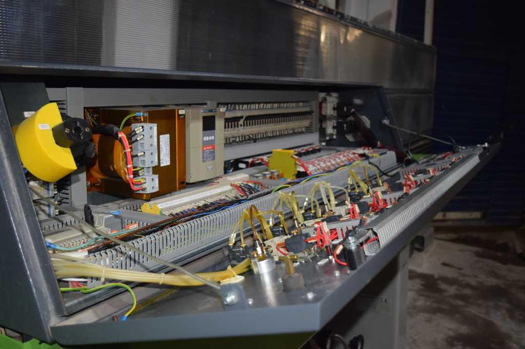 Станок для обработки кромок стекла Bottero, мод. VICTRALUX 108F в Белгороде. Фото 2