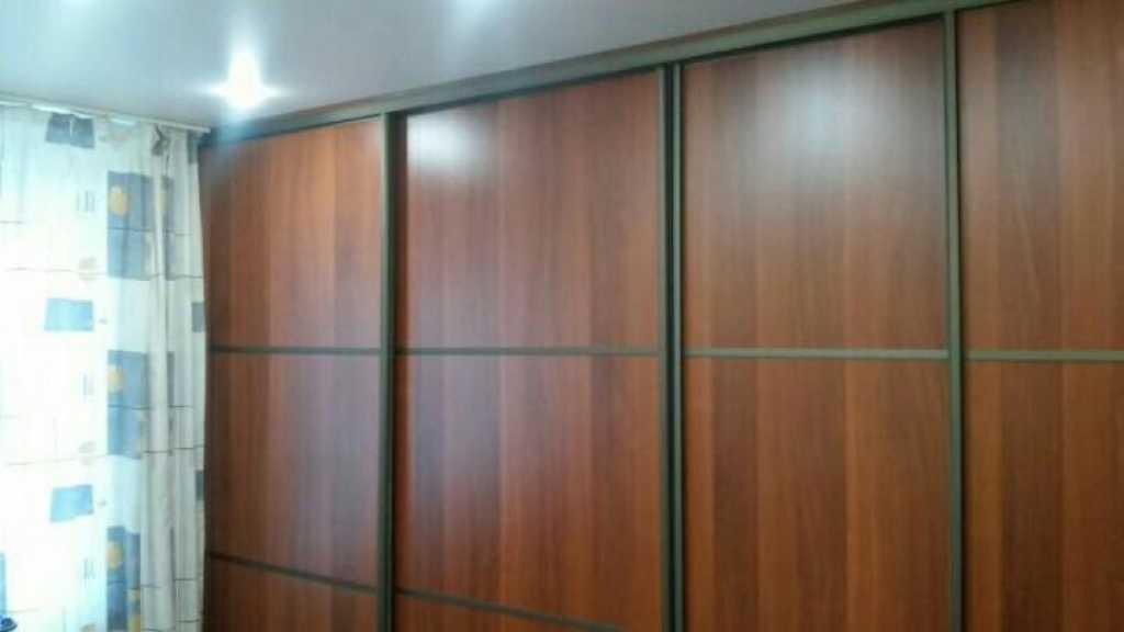 Сдается трехкомнатная квартира по адресу ул Ленина, 93 в Таре. Фото 1