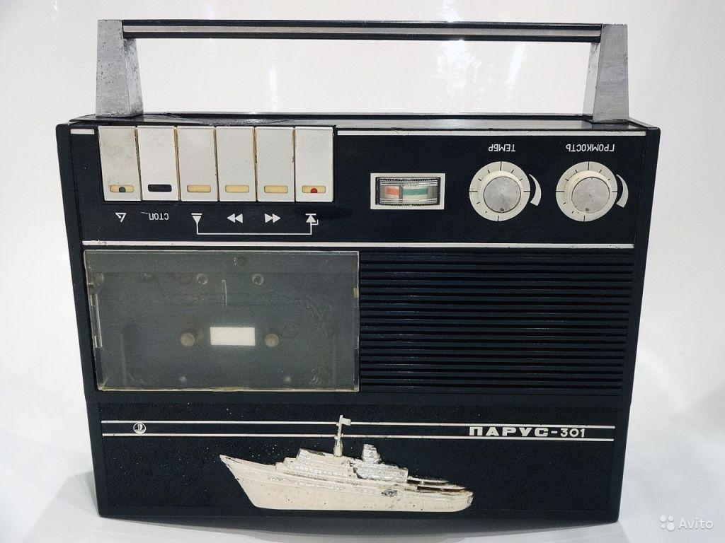 Кассетный магнитофон 'Парус-301' 1972 год в Москве. Фото 1