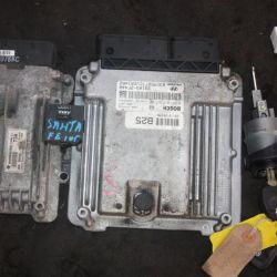 Эбу двс на Hyundai Santa fe 2011г 2.2 дизель АКПП