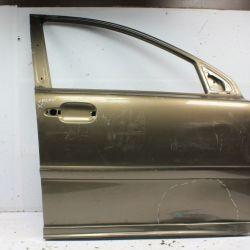Дверь передняя правая Volvo XC90 1 02-15г