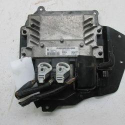 Блок управлением двигателя Форд Фиеста 6 1.4 АКПП